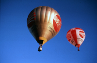 Flying alongside the Continental Airlines balloon in the Hopper