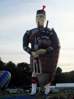 Special Shapes Balloons - The Scottish Piper Special shape hot air balloon