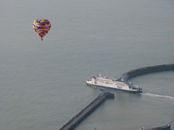 Balloon and ferry leave Dover