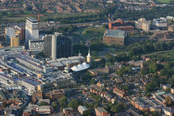 Our balloons flying over The Festival Place Shopping Centre in ...: https://www.adventureballoons.co.uk/photopage/north-hampshire...