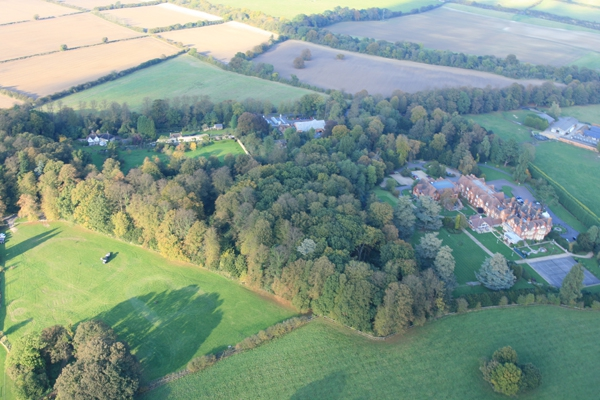 Adventure Balloons provide hot air balloon rides over Hertforshire from Tring and other locations