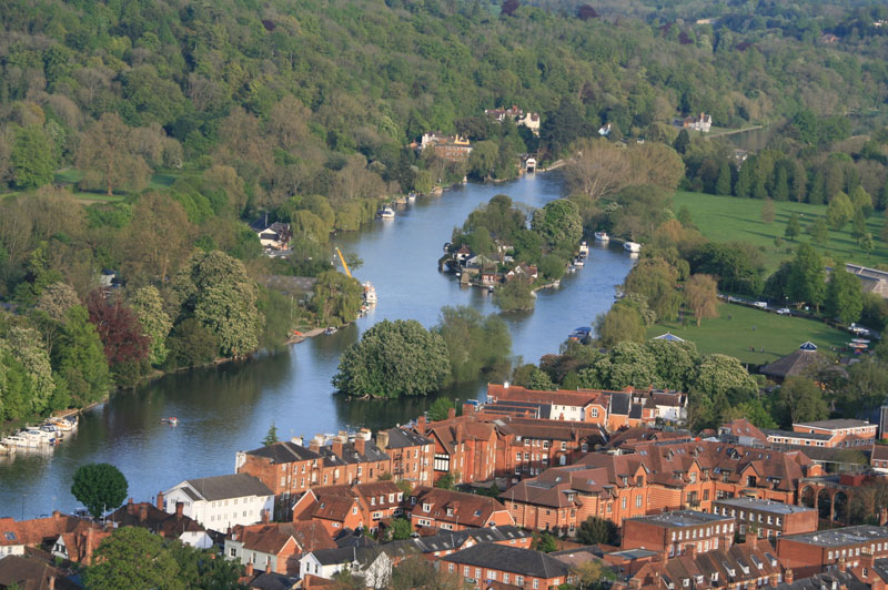 Looking south from Henley upon Thames from a hot air balloon basket towards Shiplake
