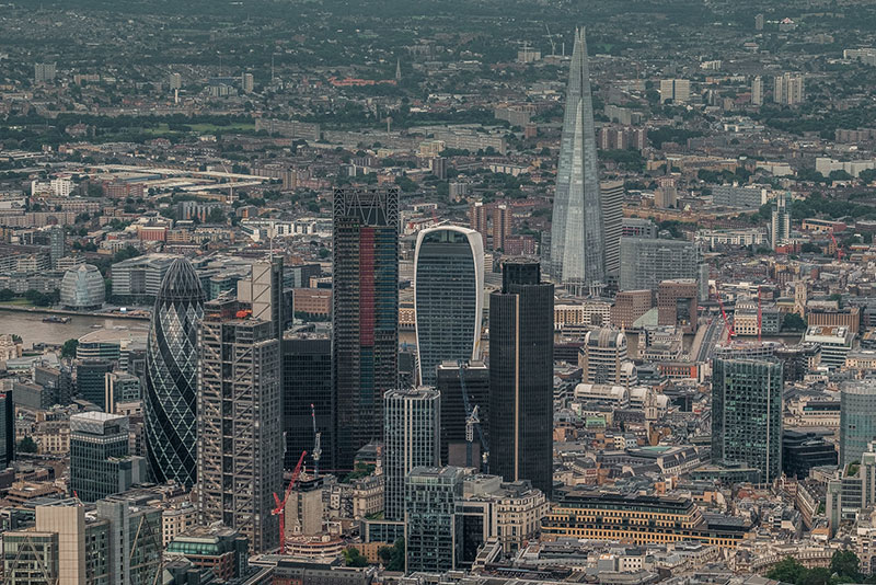 As we continue to drift over Central London on our hot air balloon rides we get another great aerial view of the latest additions to London's skyline, the Shard, the Walkie Talkie and the Cheesegrater. Thanks again to Andro Lorio http://androloria.com/blogandroloria/2016/7/10/london-from-airbaloon-with-fuji-x-t1