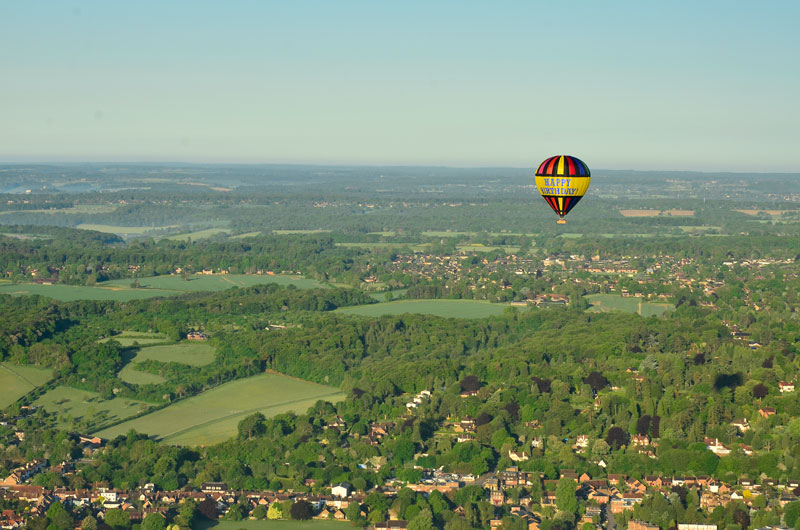 Our Happy Birthday hot air balloon regularly flies from Great Missenden close to Aylesbury, High Wycombe and Amersham and takes passengers on balloon rides over Buckinghamshire and the Chilterns countryside.