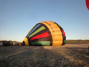 Crew start their preparations of the balloon for flight